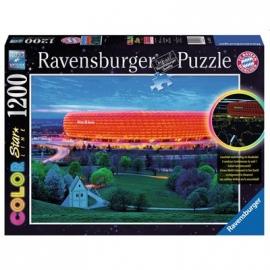 Ravensburger Puzzle - Dreifarbiges Leuchtpuzzle - Allianz Arena, 1200 Teile