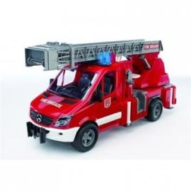 BRUDER - MB Sprinter Feuerwehr mit Drehleiter, Pumpe und L & S Module